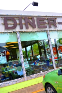 Madelyn's Diner - Colourful Personality