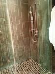 Shaw Club Hotel - Shower